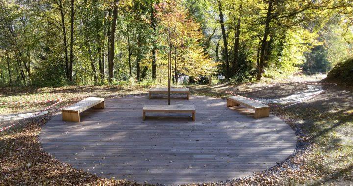Plate-forme 70m2 pour le point rencontre et relaxation à bois Chaniet